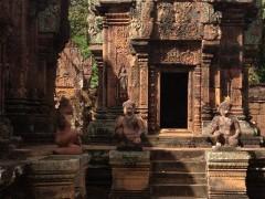 カンボジア旅行記 バンテアイ・スレイ