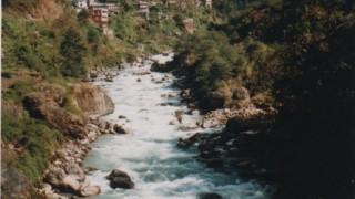 中国・ネパール旅行記 国境を越えネパールへ