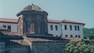 マケドニア旅行記 聖ナウム修道院(スベティナウム)と孔雀