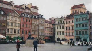 ポーランド旅行記 首都ワルシャワ 世界遺産ワルシャワ歴史地区